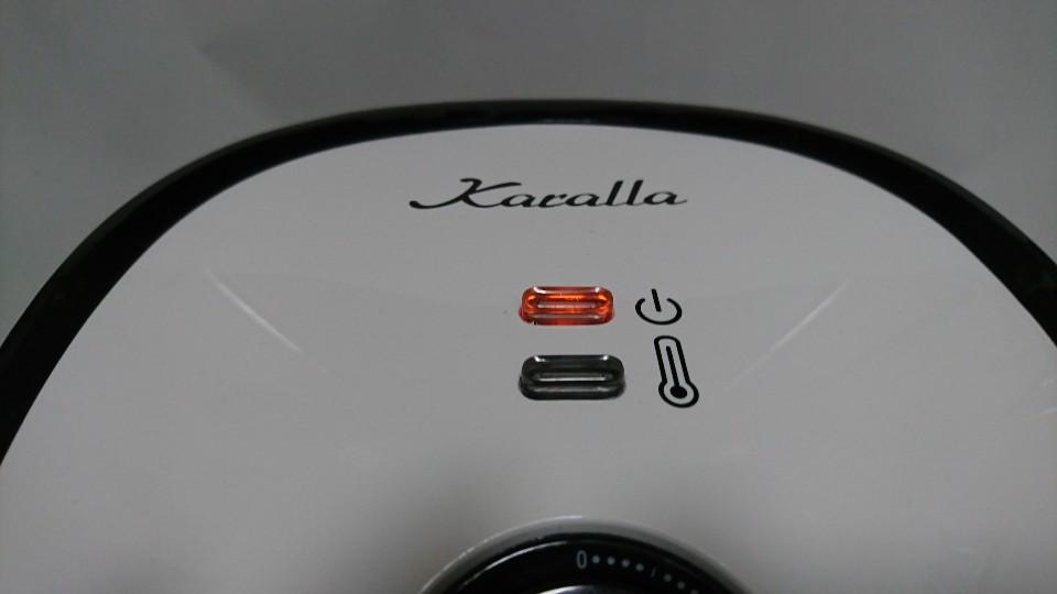 カラーラの温度計ランプと電源ランプ