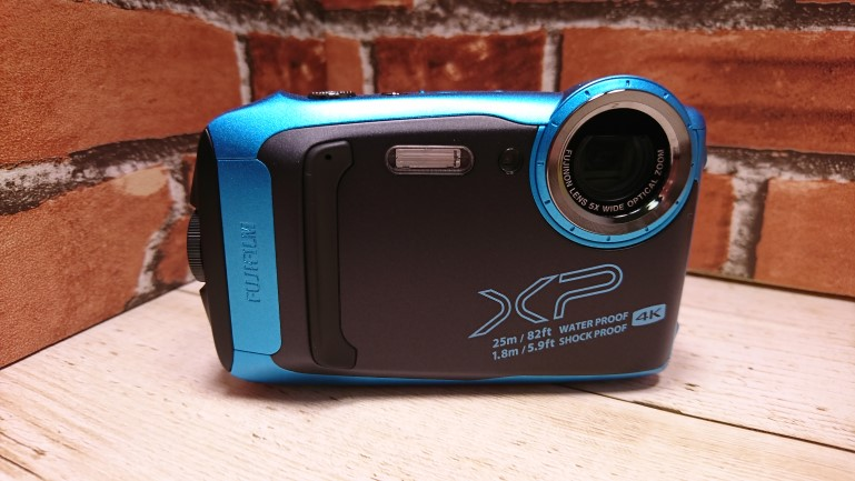 finepix-xp140 正面
