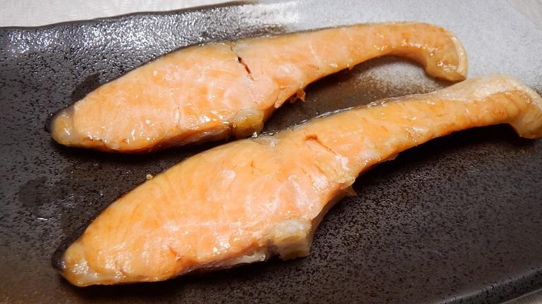 カラーラで鮭 出来上がり