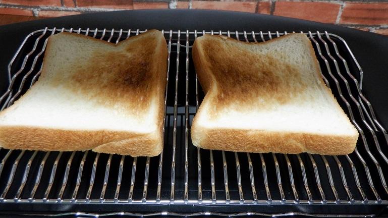 パン 二枚 トースト