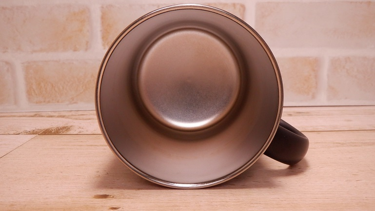 サーモス真空断熱マグカップ 中