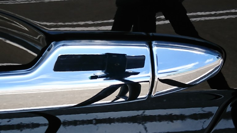 フリード ドアハンドルカバー RUIQ 取り付け後 スライドドア側
