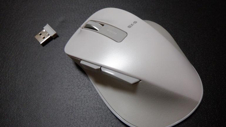 マウス エレコムM-XGL10DB 本体とレシーバー