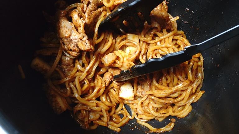 ホットクック日清太麺焼きそば 追加炒め3分後