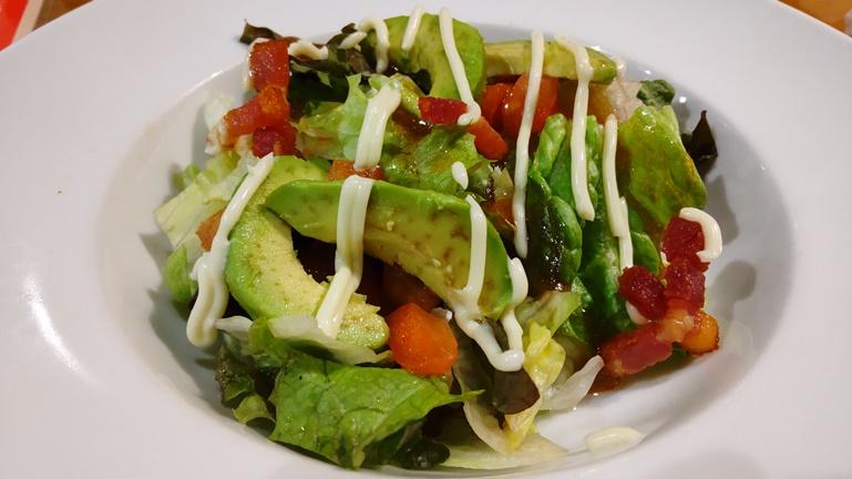 ココス フレッシュアボガドのサラダ 実物